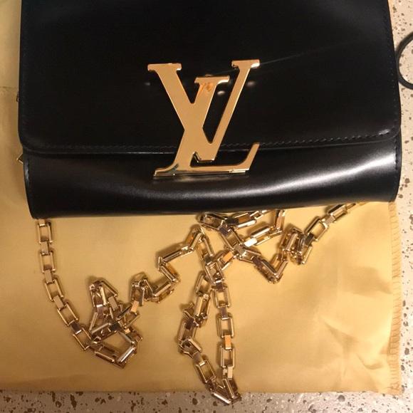 e1246927aec4 Louis Vuitton Handbags - Louis Vuitton Chain Louise GM